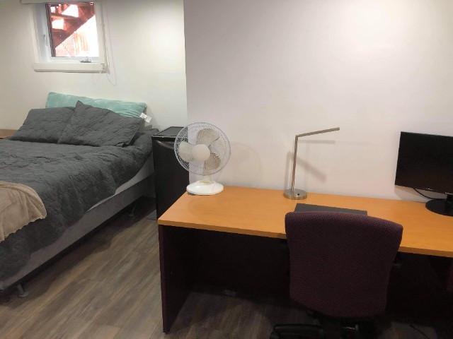 Chambre meublée pour étudiant en face de l'université Laval