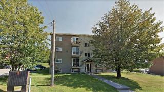 Grand 4½ à 595$, eau chaude et chauffage inclus, Sherbrooke Est